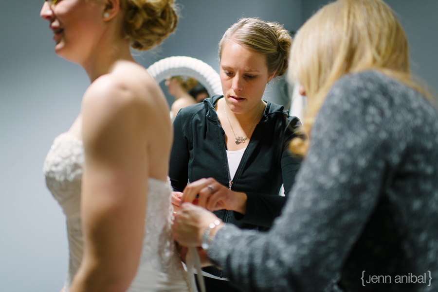 Holland-Michigan-Winter-Wedding-Photography-12