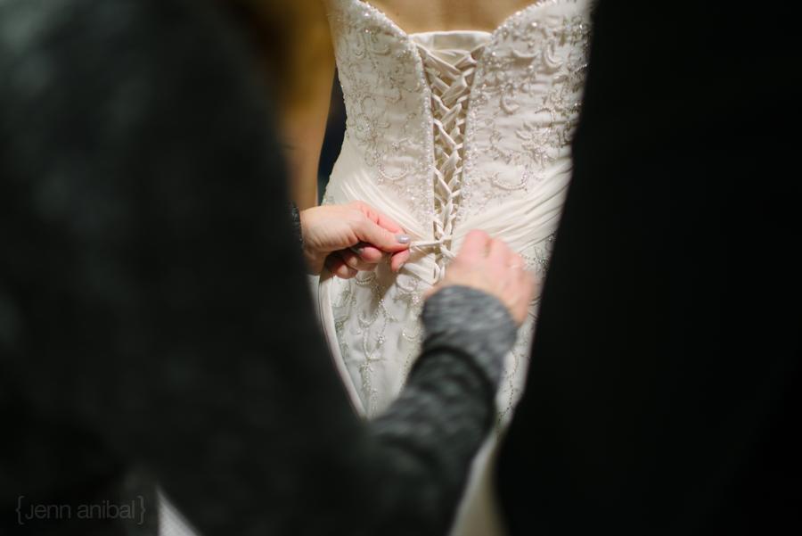Holland-Michigan-Winter-Wedding-Photography-13