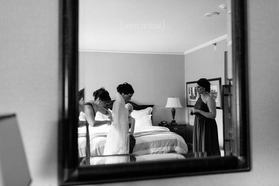 Dearborn-Inn-Wedding-Photography-011