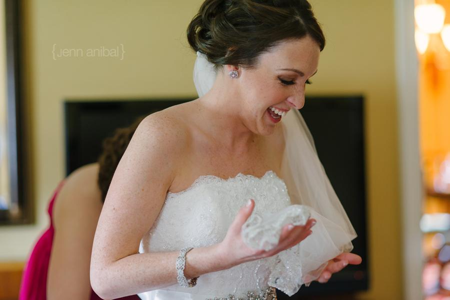 Dearborn-Inn-Wedding-Photography-014