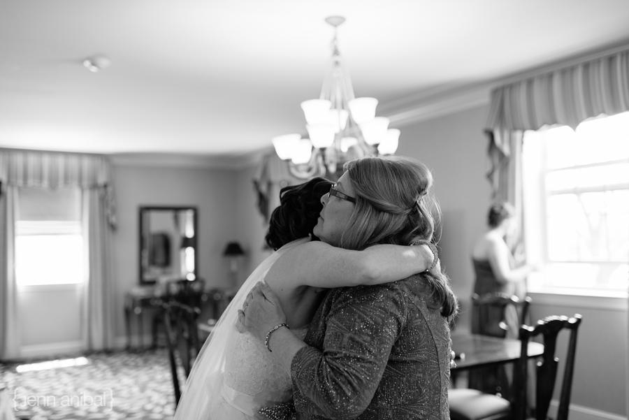 Dearborn-Inn-Wedding-Photography-016