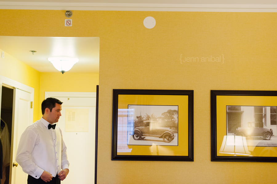Dearborn-Inn-Wedding-Photography-022