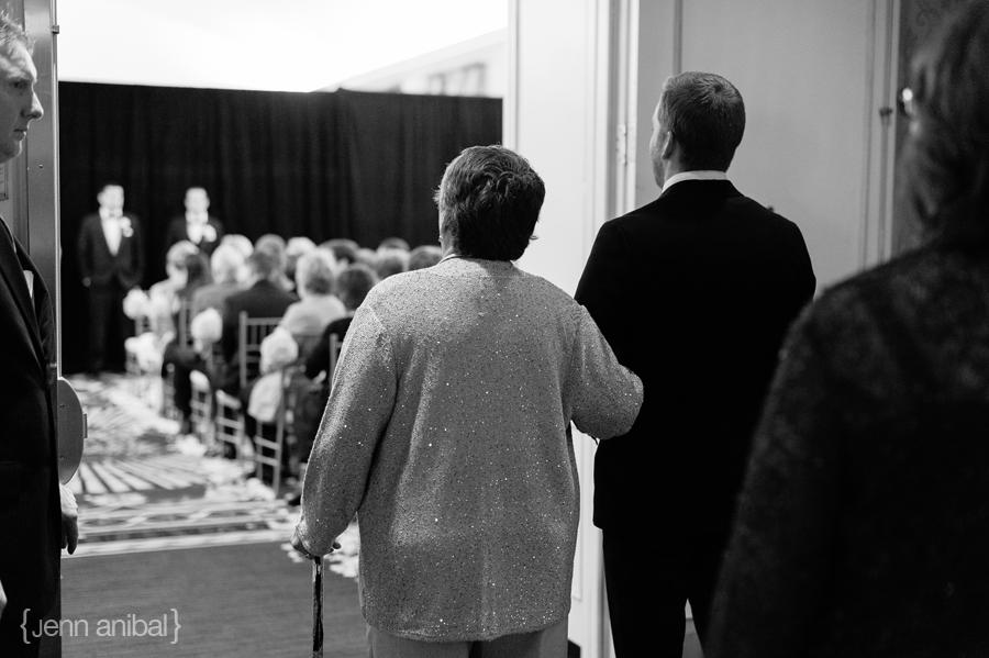 Dearborn-Inn-Wedding-Photography-063