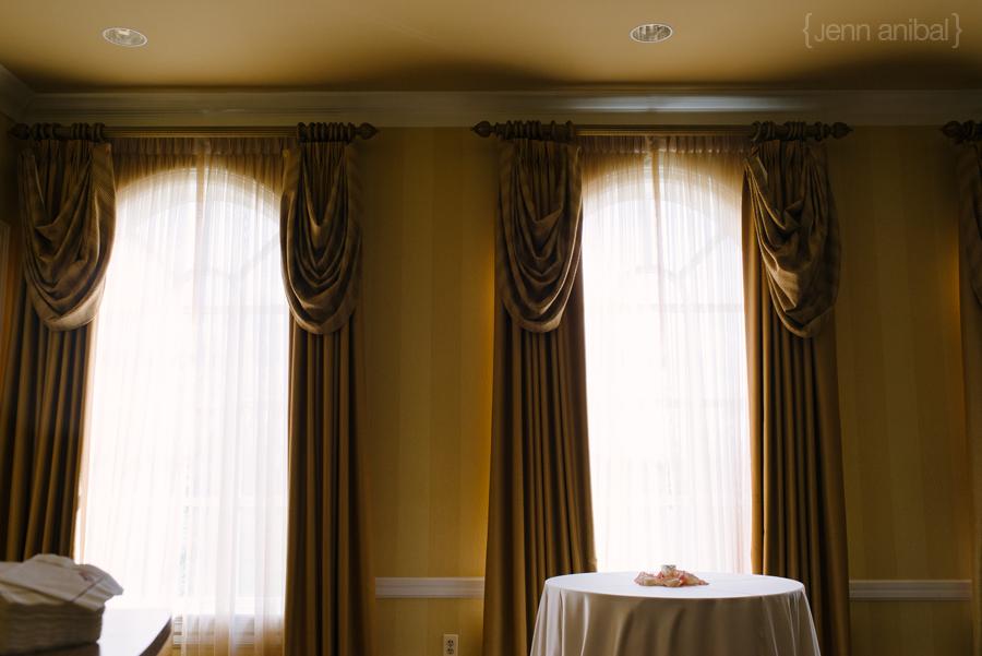 Dearborn-Inn-Wedding-Photography-077