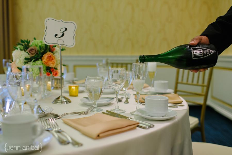Dearborn-Inn-Wedding-Photography-085