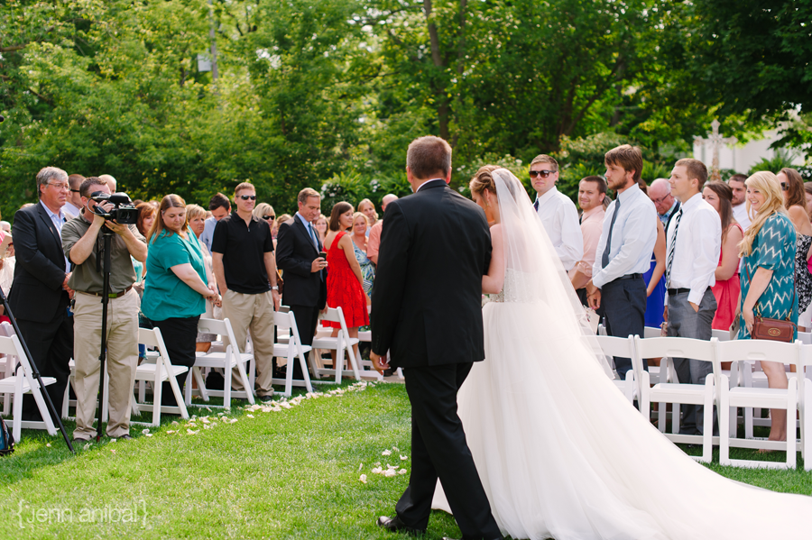 Rosewood-Inn-Wedding-Photography-045