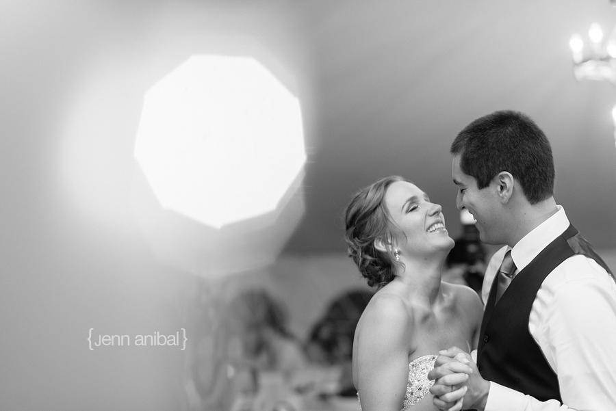 Rosewood-Inn-Wedding-Photography-085
