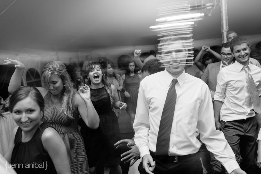 Rosewood-Inn-Wedding-Photography-092