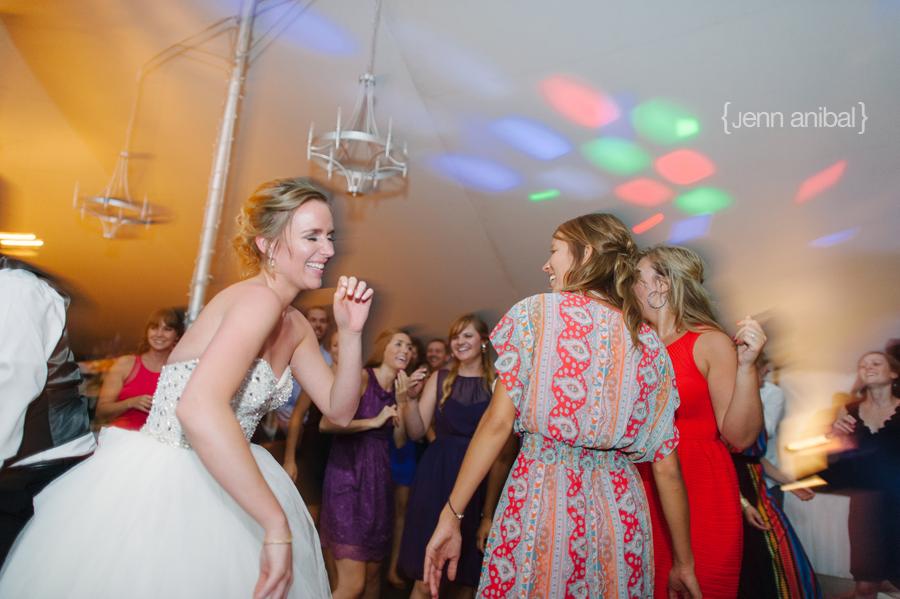 Rosewood-Inn-Wedding-Photography-096