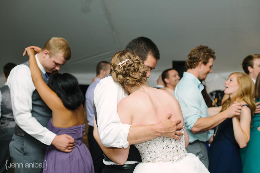 Rosewood-Inn-Wedding-Photography-098