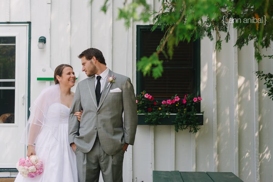 Leland-Wedding-Photographer-028